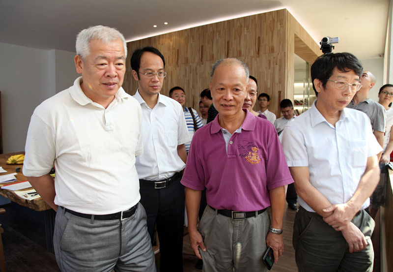 厦门市委常委,宣传部部长叶重耕临海峡文创园参观指导